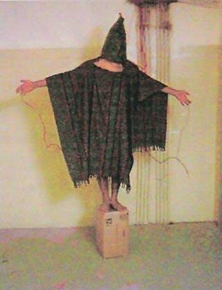 EPA ANP | Foto's van misstanden in Bagdads Abu Ghraib-gevangenis creëerden grote ophef in 2004. Toch lijkt wereldwijde herkenning laag: één op de zes mensen herkende de foto